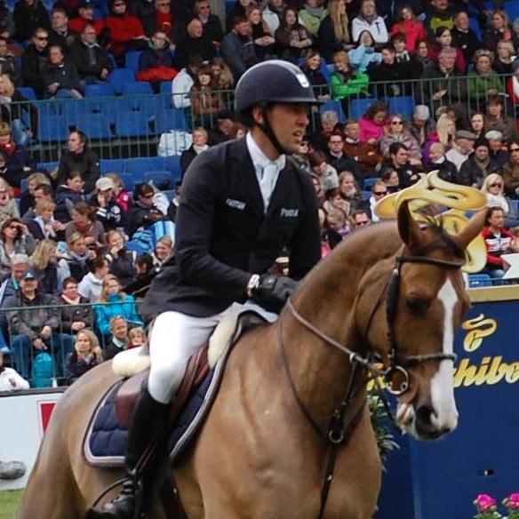 Simon Delestre <br> Franse Olympische Ruiter