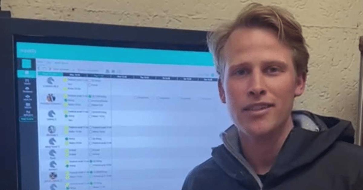 Christoffer Lindenberg met equicty Smart Stable Board